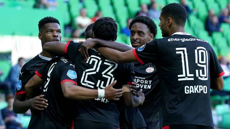 PSV viert de 1-2 van Donyell Malen (foto: OrangePictures).