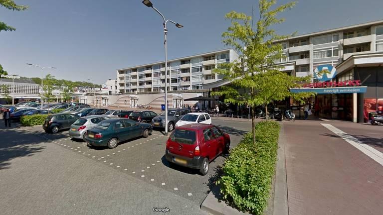 Parkeerplaats bij winkelcentrum Westermarkt in Tilburg (foto: Google Streetview).