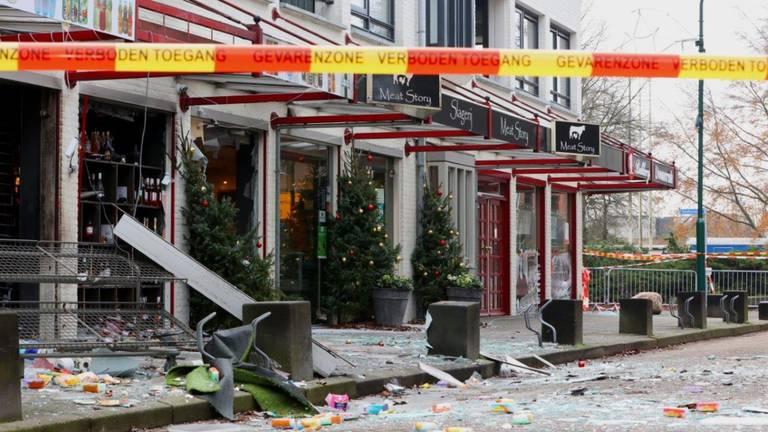 Schade bij de supermarkt in Heeswijk-Dinther.
