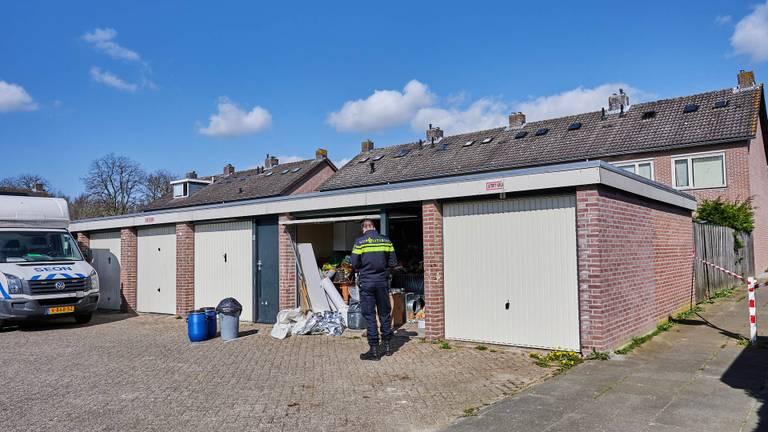 Garagebox is midden in woonwijk (Foto: Tom van der Put/SQ Vision)