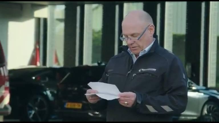 Directeur Dick Hoogendoorn hield een toespraak (beeld: Hoogendoorn/Facebook).