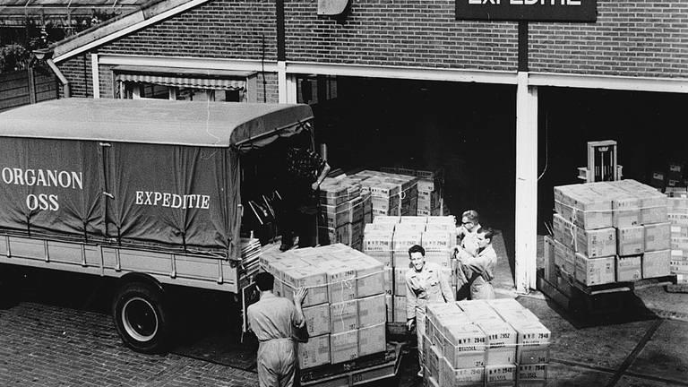 In het begin van de 20e eeuw pronkte Organon al op de gevel (foto: Organon).