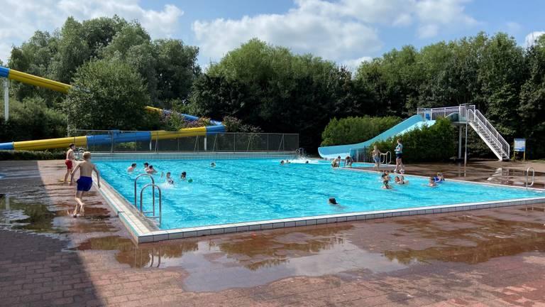 Het zwembad in Roosendaal.