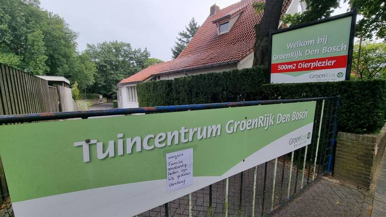 Het tuincentrum bleef zondag gesloten.