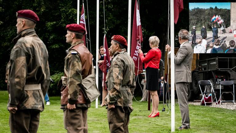 De officiële aftrap van de Airborne-herdenkingen vorig jaar (foto: ANP 2021/Rob Engelaar).