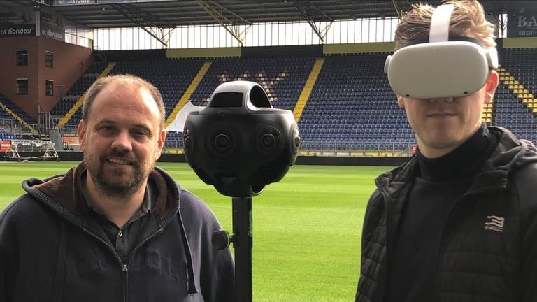 Jean-Paul Kuijpers (l) en Michiel Schoneveld met 360 graden camera en VR-bril bij NAC.
