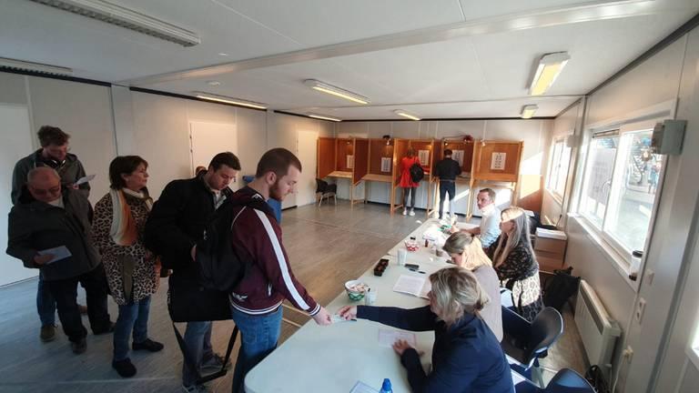 De eerste stemmers waren er vroeg bij in Den Bosch.