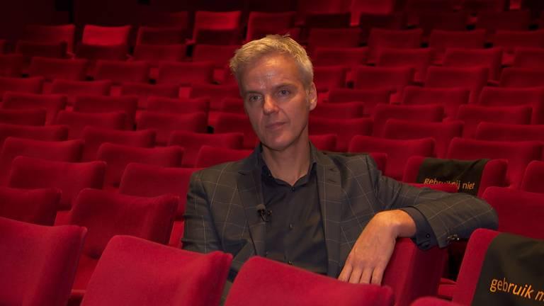 Directeur Rob van Steen is blij dat er weer leven in het Tilburgse theater komt.