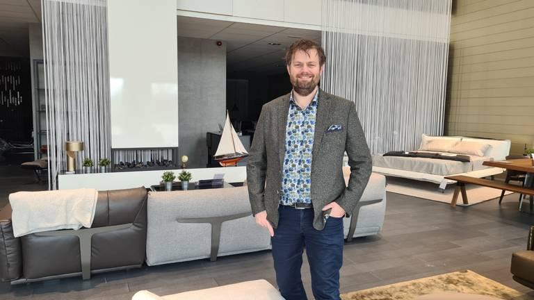 Job Prijt heeft een meubelzaak van 4000 m2 op Meubelplein Ekkersrijt (foto: Noël van Hooft)