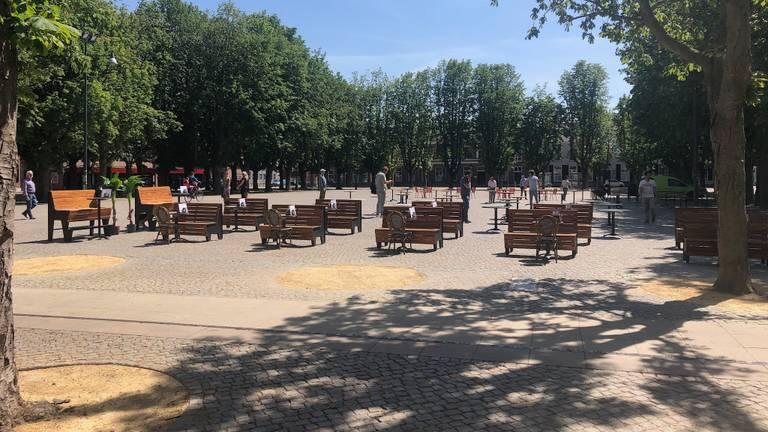 Terrassentest voor 1 juni op de Parade in Den Bosch (foto: Willem-Jan van Rooij).