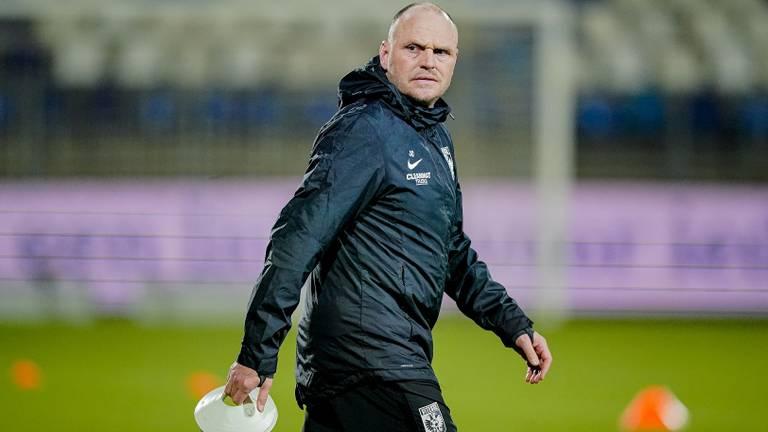 Joseph Oosting als assistent trainer bij Vitesse (Foto: OrangePictures)
