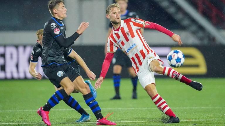 Rick Stuy van den Herik in actie tegen FC Den Bosch (foto: OrangePictures).