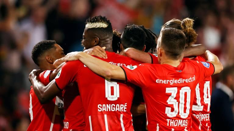 PSV mocht woensdagavond vijf keer juichen (foto: ANP 2021/Maurice van Steen).