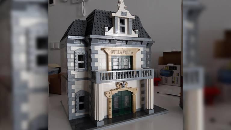 Nog meer Efteling: dit is Villa Volta van LEGO, gemaakt door Dennis.