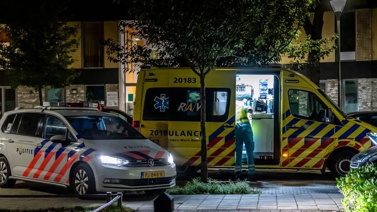Het slachtoffer is in een ambulance naar een ziekenhuis gebracht (foto: Toby de Kort/SQ Vision).
