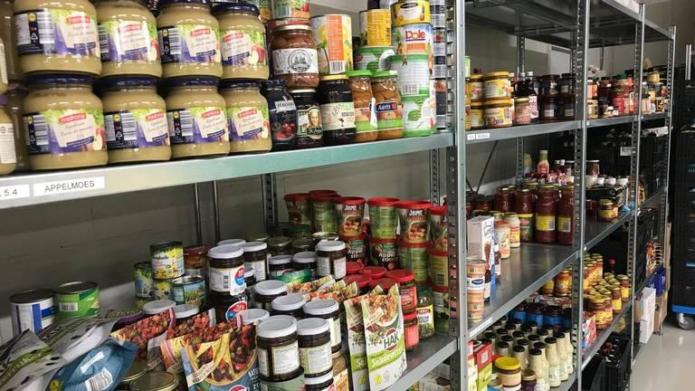 Voedselbank Oss heeft juist minder klanten