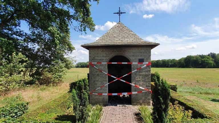 De kapel is zondag afgesloten.