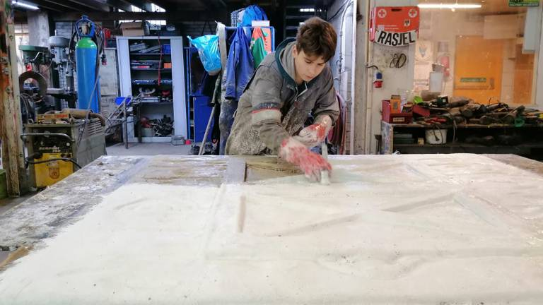 Bij bouwclub de Bokkerijders wordt druk gebouwd.