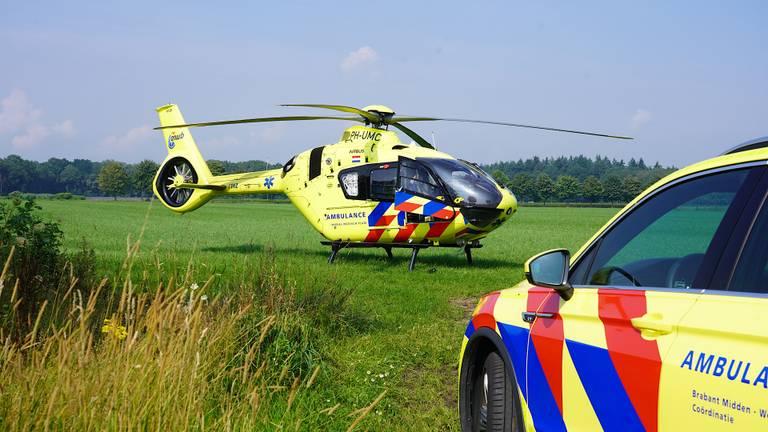 Vanwege de ernst van de situatie in Sprundel werd ook een traumaheli opgeroepen (foto: Jeroen Stuve/SQ Vision).