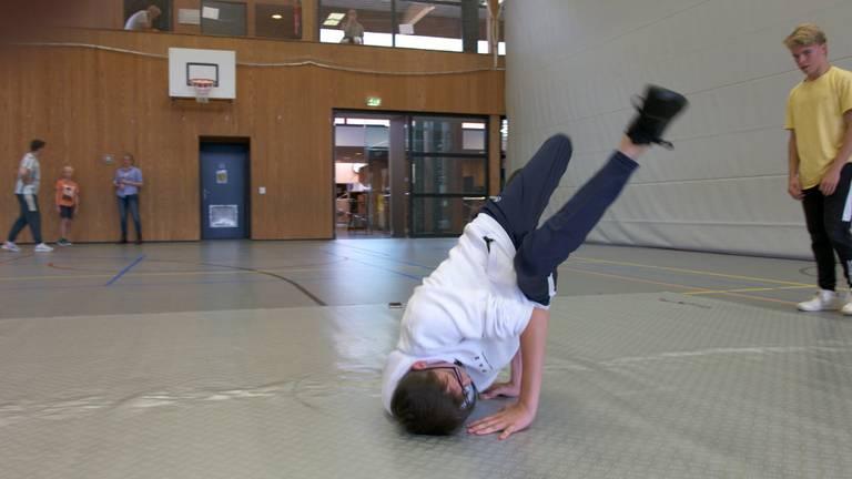 Een breakdance-move.