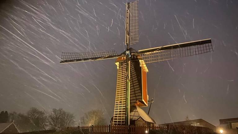 De Mierlose molen (foto: Lody van den Berg).