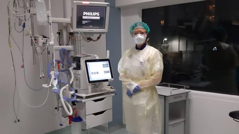 De coronarisis: een intensive care-verpleegkundige in het Elisabeth-TweeStedenziekenhuis  in Tilburg.