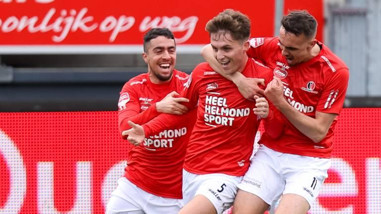 Juichende Helmond Sport-spelers, dit seizoen vaker dan de laatste jaren (foto: OrangePictures).