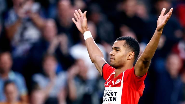 Cody Gakpo scoorde fraai tegen FC Groningen (foto: ANP 2021/Maurice van Steen).