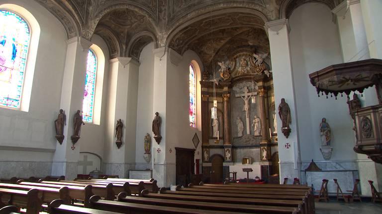 De Sint-Luciakerk is al jaren gesloten vanwege rot in de kapconstructie.