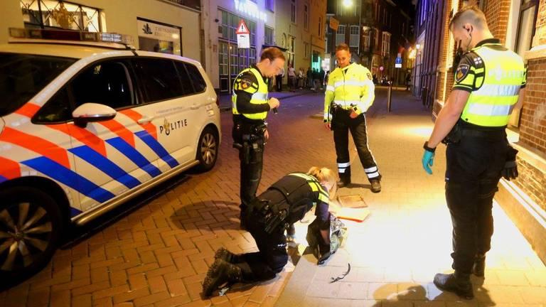 De politie deed onderzoek na de steekpartij in Den Bosch (foto: Bart Meesters)