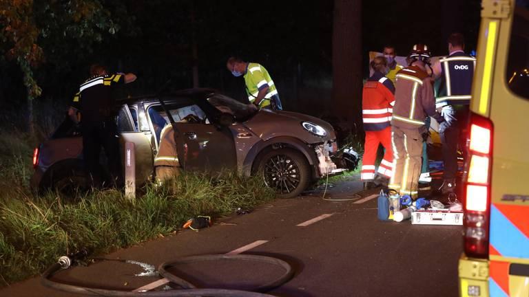 De auto die van de weg raakte (foto: Sander van Gils / SQ Vision Mediaprodukties).