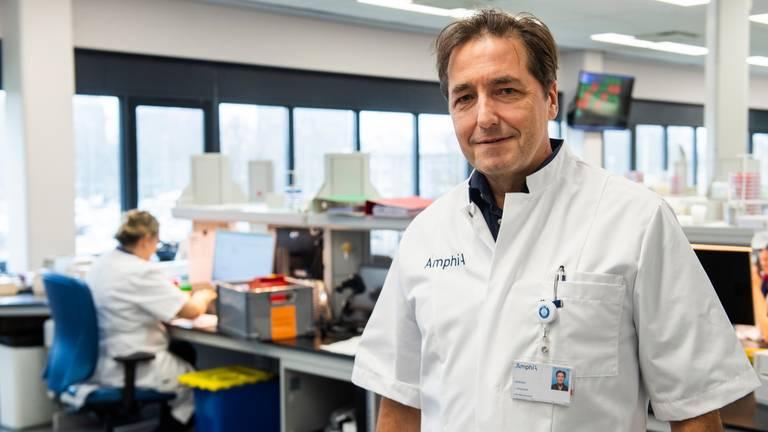 Arts-microbioloog Jan Kluytmans van het Amphia Ziekenhuis (Foto: Amphia Ziekenhuis).