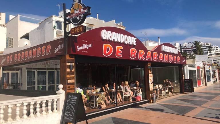 Het café van Frans Damen in de Spaanse kustplaats La Carihuela.