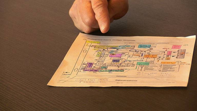 Voor alle leerlingen is er een plattegrond van de school met looprichtingen