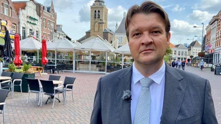 Burgemeester Han van Midden van de gemeente Roosendaal (foto: Erik Peeters).