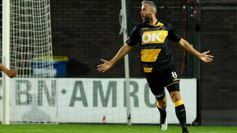 Ralf Seuntjens scoorde twee keer voor NAC in Amsterdam (Foto: Orange Pictures)