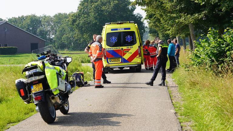 Het slachtoffer is naar een ziekenhuis gebracht (foto: Jeroen Stuve/SQ Vision).