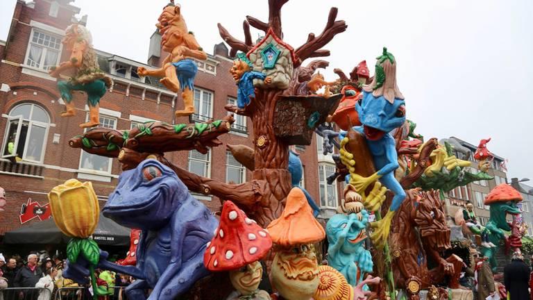 De carnavalsoptocht in Roosendaal. (Archieffoto: Lobke Kapteijns)