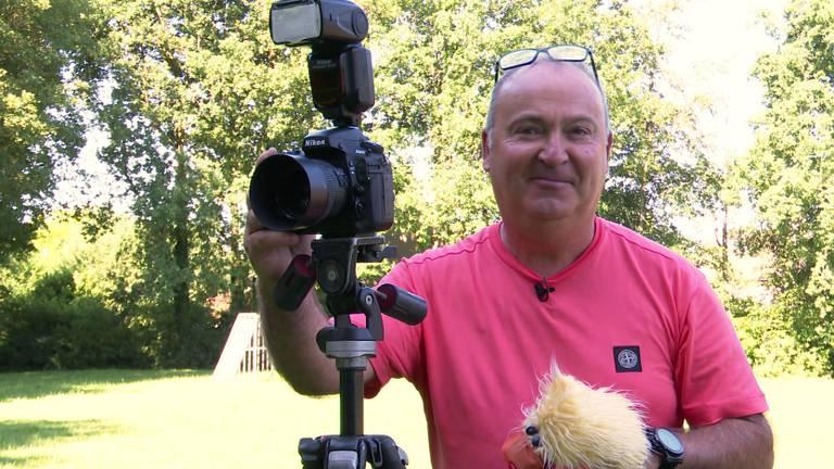 Benny Braat werkt ruim dertig jaar als schoolfotograaf.