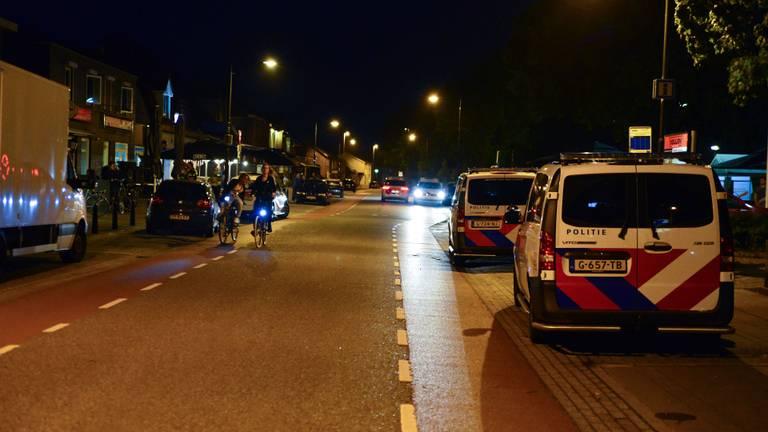 De politie slaagde erin de rust terug te brengen in Deurne (foto: Walter van Bussel/SQ Vision).