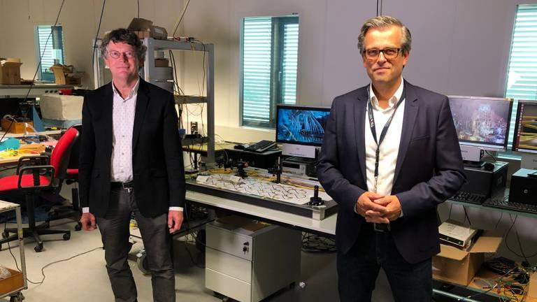 Deze twee professoren van de TU/e testen 6G (foto: Rogier van Son)