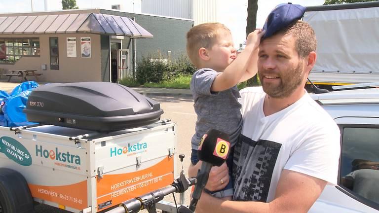 Hidde en zijn vader gaan 'gewoan' op fakansje' (foto: Omroep Brabant).