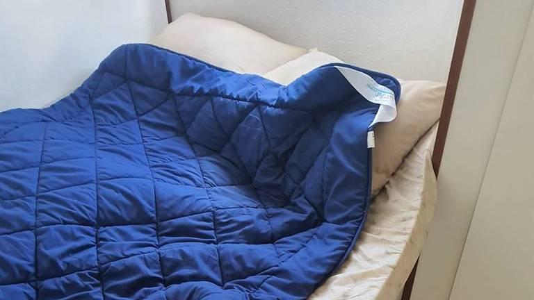 De matrassen passen niet in de bedden (foto: Sabina en Peter Grob)