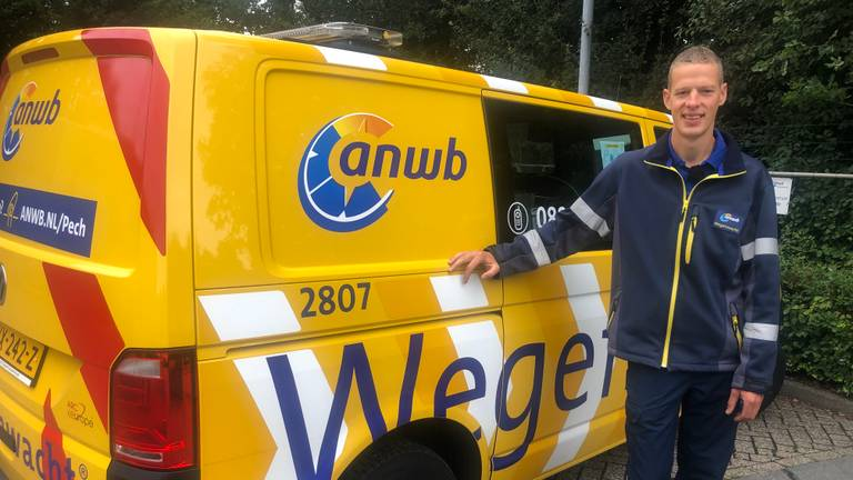 Wegenwachter Mickeal Coertjens (foto: Tonnie Vossen).